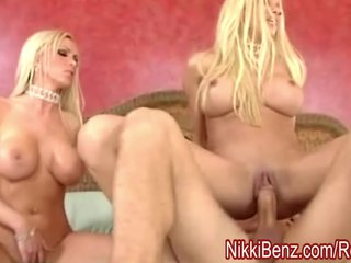 Nikki Benz &Gina; Be wild about a Peeping Tom back 3Some