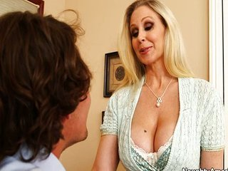 Julia Ann  Cocaine