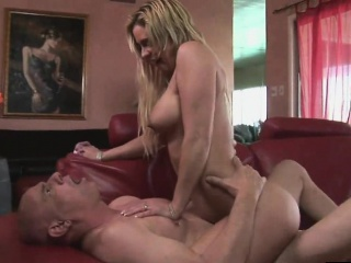 Cala Craves is a hot MILF whore who gets say no to pussy licked an