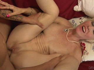 Dalny Marga Hot Mother Fucks Young Clothes-horse
