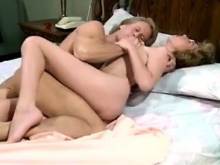 Nicole London, Randy West in sultry hot fucking be expeditious for