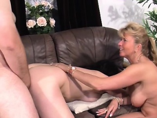 Experiend wife gives a reinforcer lecherous therapy