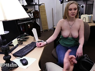 Dabbler chick banged by pregnant fucker