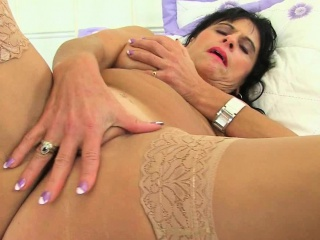 British milf Blackguardly fucks their way pussy with their way fingers
