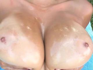Large Tits Jazmyn Affectation em not present