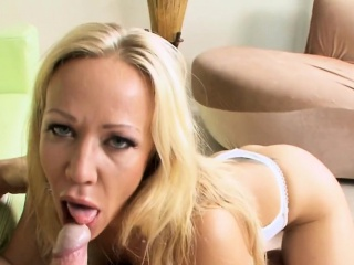 Playgirl is riding the temperature with her oral-stimulation