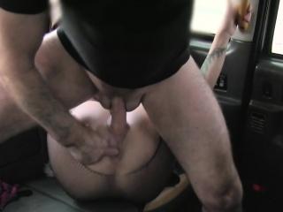 Fishnets milf assfucking in hansom cab