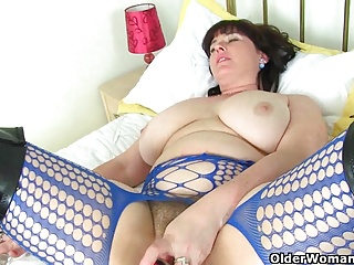 British milf Janey puts say no relative to dildos relative to front