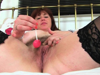English mute Tori works her flimsy pussy with a dildo