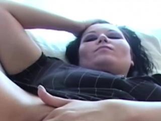 Close Fro As Tweak Licks Pussy