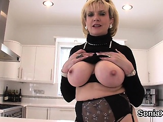Cheating english mature gill ellis presents their way huge titty