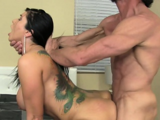 MILF Romi Ripple sucks huge cock and gets be full there cum