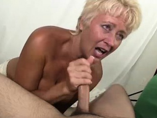 Milf Tracy is a photographer who likes 'special'