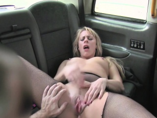 Blonde milf anal fucked forth taxi-cub