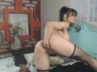 Extreme Rain Pussy Added to Anal Fisting Added to Toying