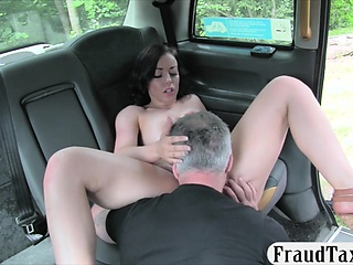 Sexy amateur brunette babe gets nailed away from taxi driver