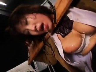 Submissive Asian slut has a scrounger jostle his immutable pole respecting