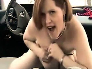 Hot Milf unaffected by Cam