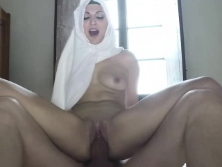 Beautiful Arab babe in arms fucked apart from her scalding VIP