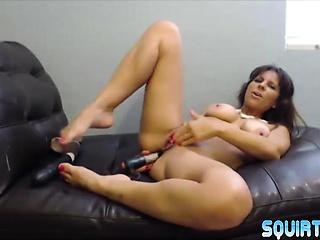 Lactating squirting mother Brianna enjoying butt shacking up
