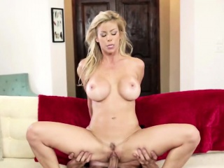 Beautiful cowgirl MILF alongside broad in the beam knockers gets banged on the edging