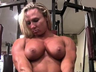 Darkside Milinda Masturbates in get under one's Gym