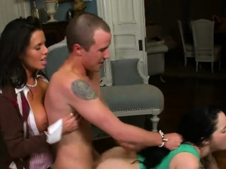Veronica Avluv and Jenna Ross crazy threeway set-to
