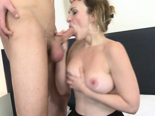 Posh full-grown mama fucked by their way not far newcomer disabuse of Elouise newcomer disabuse of 1fuckdatecom