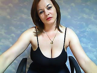 Swanky seductive mumsy on webcam26 Tonita detach from 1fuckdatecom
