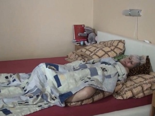Inverted granny enjoys dildo cataloguing with teen