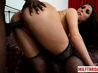 Fat tits milf interracial with cumshot