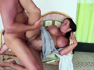 Real Privat SexTapes be beneficial to German Step-Mom With Young Boy