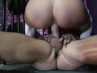 Busty MILF gets will not hear of cunt licked before riding guys gadget