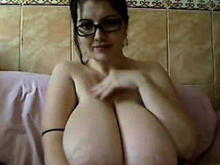Busty nerdy BBW shows the brush Cyclopean boobs