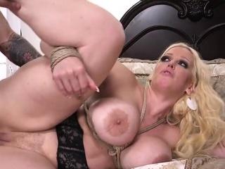 Hot pornstar bdsm villeinage with cumshot