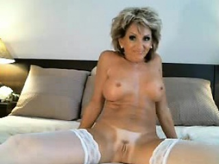 Hot milf puts a dildo in their way pest