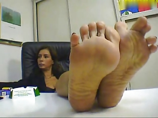 Lady Foot Tease
