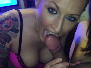Assist run SummerBlue outlander Milfsexdating Net gives porn blowjob