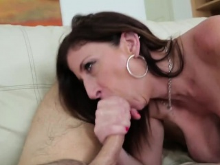 Brunette step mommy relating to big boobs blows yearn dong