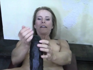 Meagre MILF Creamy Pussy with reference to the Gym