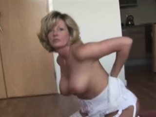 Blonde Milf With Beamy Tits Rubs Pussy in Used Underwear