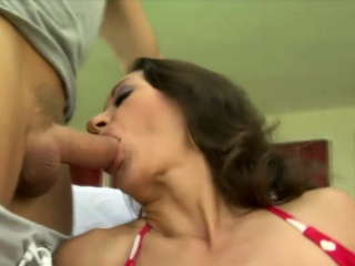 Auntie Mouse loves oral