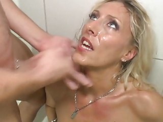 German Female parent cumming all over the shower