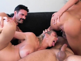 Swingers fucking in foursome with squirting