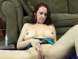 Curvy MILF Lia Shayde is playing with their way mature pussy