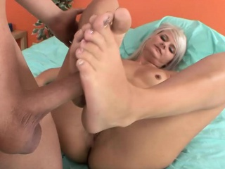 Blue footjob with sex-mad Tittle-tattle Locks