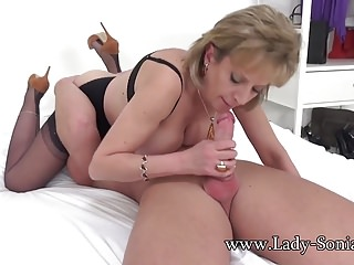 Sprog Sonia gets blackmailed procure riding cock bareback