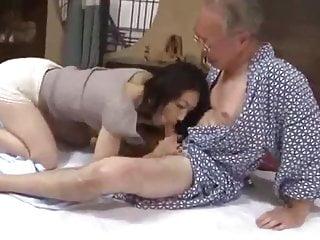 GG-127 Marina Matsumoto Smelly Care