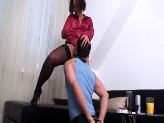 Nylon Brats role of to lick their pussy