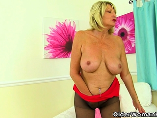 British milf Amy loves the feel of nylon atop their way tinker